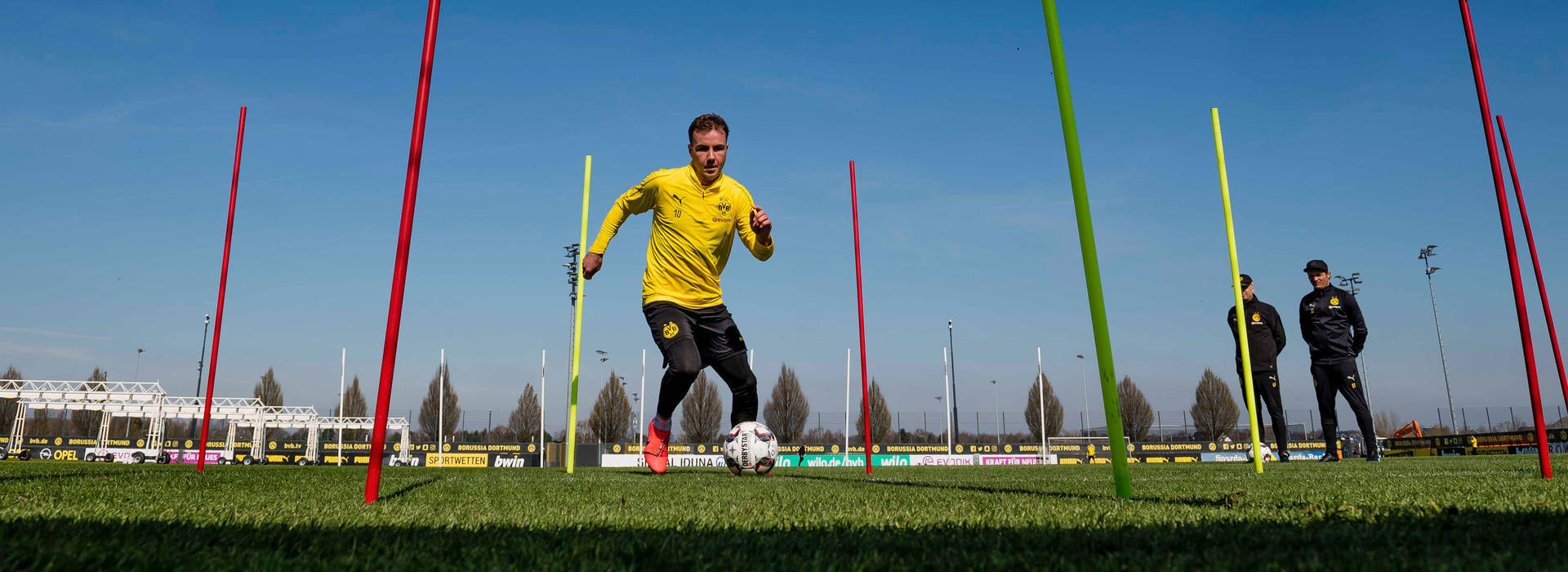 Götze, Alcácer and Witsel back on the training ground