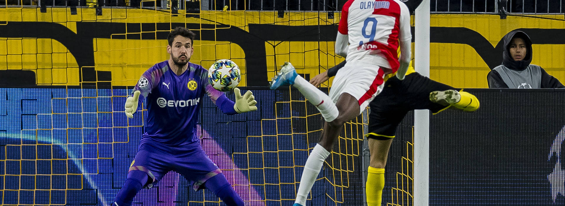 "Roman Bürki: ""But that's what I'm there for..."""