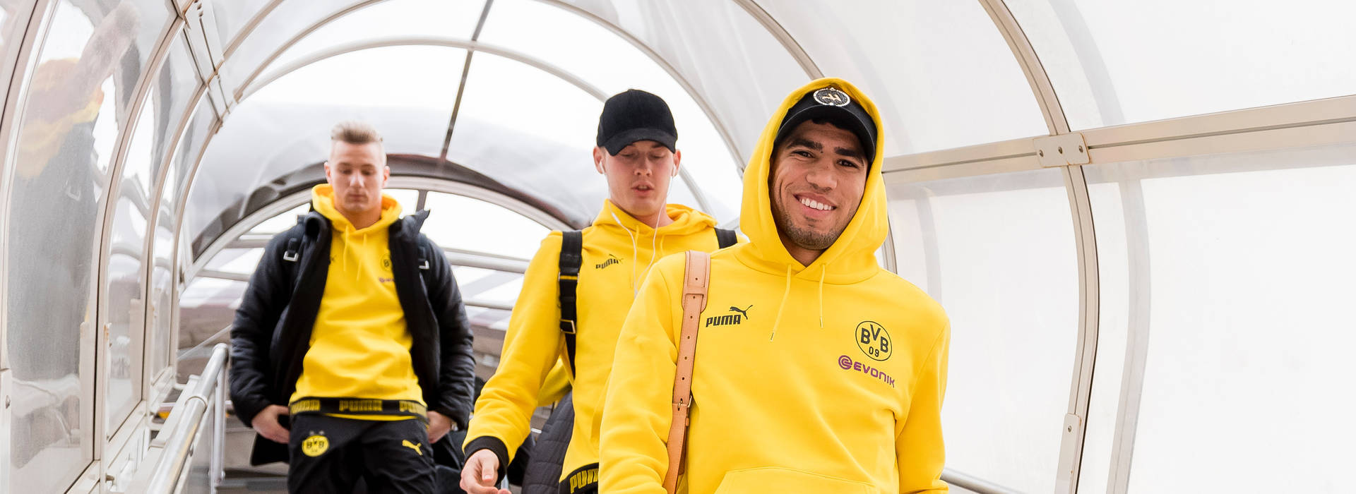 Hakimi runs riot as BVB beat Holstein Kiel 7-4