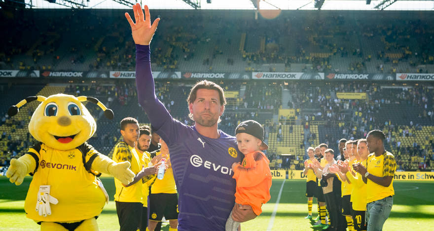 4a00814ba4 Applause for Roman Weidenfeller