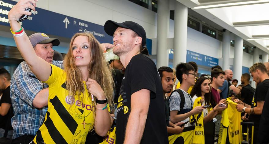 Maillot Extérieur Borussia Dortmund Manuel Obafemi Akanji