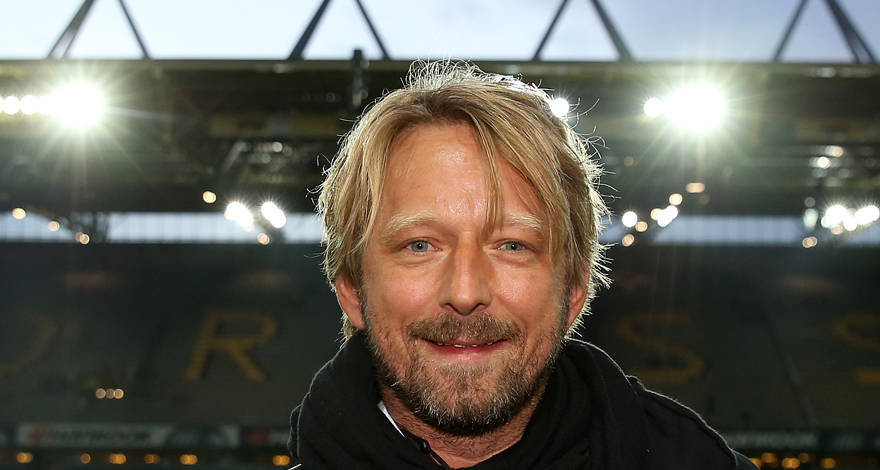 Dortmund Borussiyasından Arsenala transfer edildi