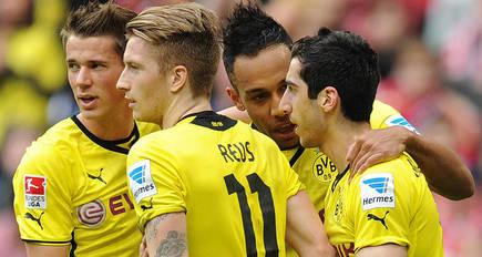3:0 - Mkhitaryan, Reus and Hofmann fire BVB to a win in