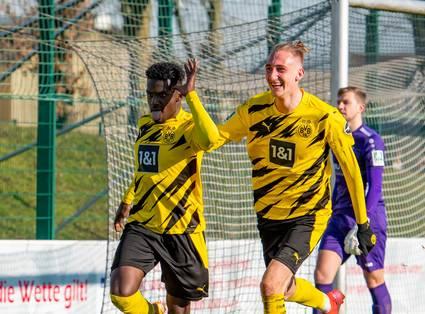 Ein hartes Stück Arbeit – U23 schlägt Wegberg-Beeck